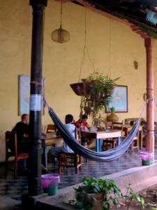 Learn Spanish in Nicaragua. Here you can stay: Hotel Viavia in Leon