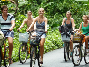 Cycling to Manzanillo