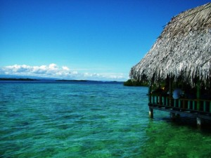 Turkois sea around the islands of Bocas del Toro